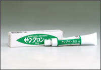 画像1: クマ笹軟膏50g (サンクロン軟膏)【医薬品】 (1)